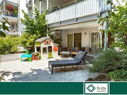Haus-im-Haus-Feeling: Exklusive Maisonette-Wohnung mit separatem Eingang, Terrasse und Balkon