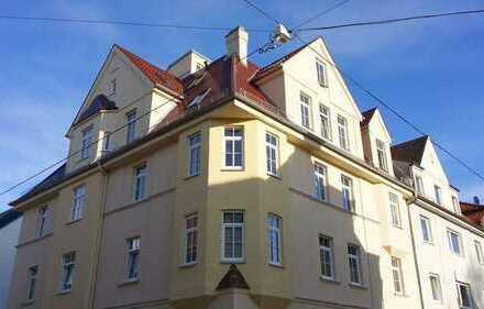 A-Oberhausen: Sanierte, große 2 ZKB, Balkon-Hochparterre-Jugendstilhaus-Parkett-EBK, ab 01.04.2020