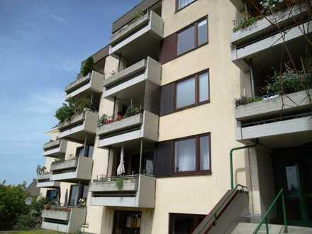 Schöne 2 Zimmer Wohnung mit Balkon
