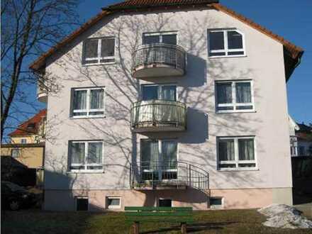 Gemütliche & sonnige 3 Zimmer-DG-Wohnung ruhig gelegen ab 01.05.2020