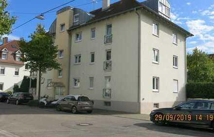 Toll geschnittene, geräumige zwei Zimmer Wohnung in Rastatt mit Südbalkon und Tiefgarage
