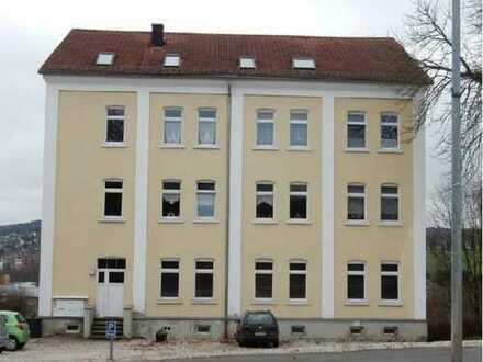 ++3-Raum mit Wannenbad und Pkw-Stellplatz ++