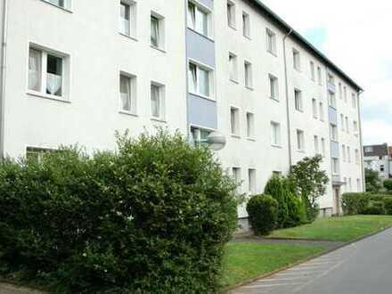 4-Zimmer Wohnung mit Balkon in Duisburg-Rheinhausen
