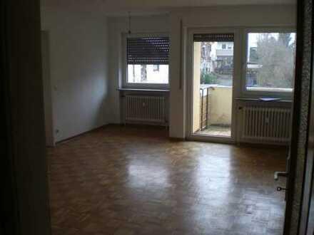 Gepflegte 1-Zimmer-Wohnung mit Balkon und EBK in Ostfildern