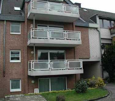Gepflegte 3-Zimmer-DG-Wohnung mit Balkon in Porz, Köln in 4 Fam.-Haus