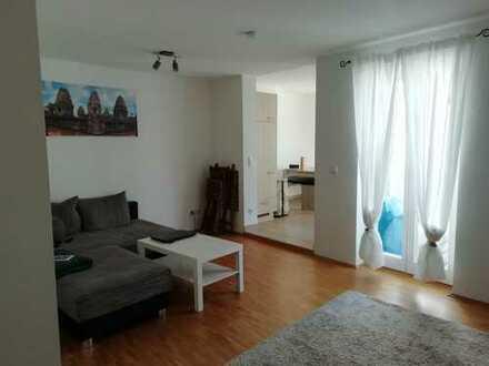 Gemütliche 2-Raum-Wohnung mit Balkon
