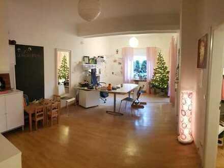 360 €, 60 m², 2 Zimmer