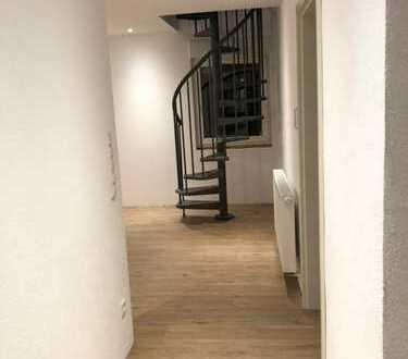 Erstbezug nach Sanierung mit Balkon: schöne 3-Zimmer-Maisonette-Wohnung in Bretten-Gölshausen