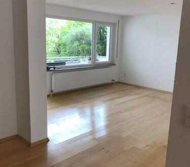 Stilvolle, modernisierte 3,5-Zimmer-Wohnung mit 2 Balkonen in Stuttgart-Hoffeld /Ramsbachtal