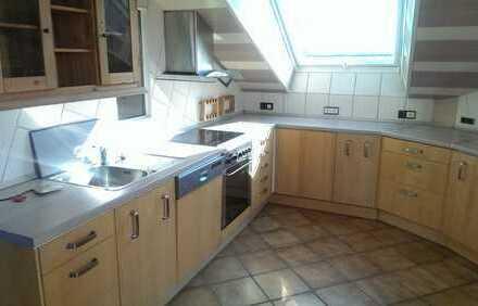 4 Zimmer Wohnung Meine 120 qm Nutzfläche viel Platz mit Küche WG- Familienfreundlich