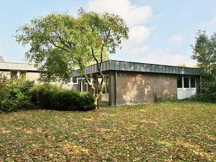 TT Immobilien bietet Ihnen: Großzügiger Bungalow in exklusiver Lage von Wilhelmshaven mit abte