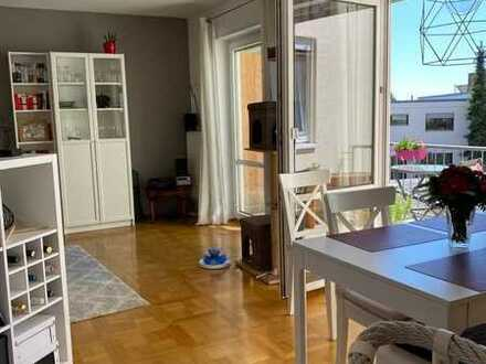 Gepflegte, helle Wohnung mit Balkon und Terrasse in Neustadt/Gimmeldingen an der Weinstraße