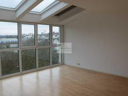 4 Zi - Atelier-Wohnung mit Fernsicht