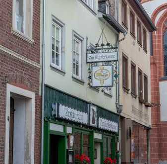 Traditionsreiche kleine Gaststätte im Herzen von Bacharach zum Pachten