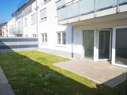 Helle, barrierefreie 3-Zimmer-Wohnung mit Fußbodenheizung, Garten und Tiefgaragenstellplatz!