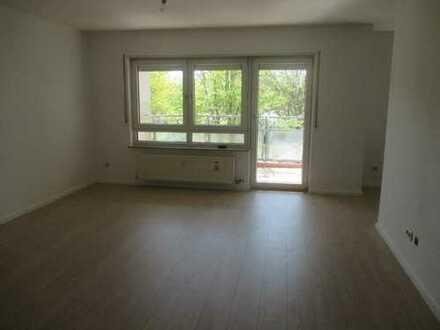 Vollständig renovierte 3-Raum-Wohnung mit Balkon in Heppenheim