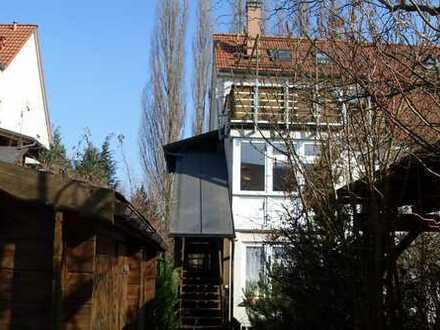 Sonnendurchflutete Maisonettenwohnung mit Balkon