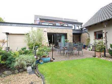 Gepflegte Erdgeschoßwohnung mit großer Terrasse und Garten