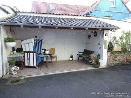 Ruhige 4 Zimmer Wohnung mit Einbauküche. Anfragen bitte per Mail mit Tel. Nr. Kein Jobcenter!