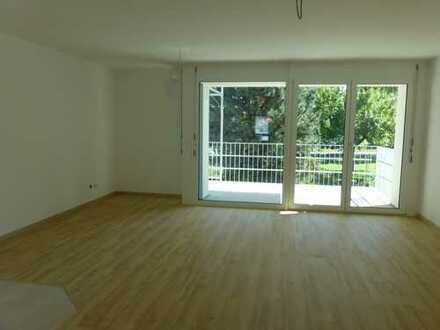 Stilvolle, neuwertige 4-Zimmer-Wohnung mit Balkon, Einbauküche, Tiefgarage in Herrenberg