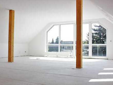 Einmalige Gelegenheit ! *** Traumhafte 4-Raum-Maisonette-Wohnung *** Zwei Balkone + Dachterrasse***