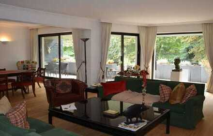 Exklusive, sanierte 3-Zimmer-Wohnung mit Balkon in Parkanlage in Köln-Marienburg *provisonsfrei*