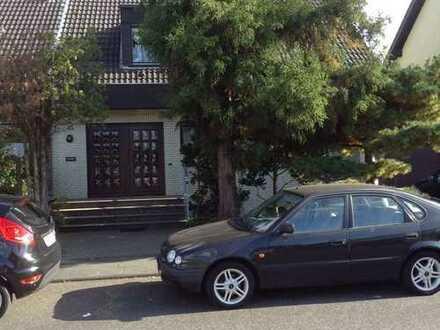 Schöne drei Zimmer Wohnung in Köln, Zündorf