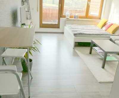 Exklusive 1-Zi-Wohnung mit schönem Ausblick auf die schwäbische Alb
