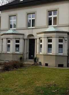 Alte Stadtvilla sucht neuen Mieter!