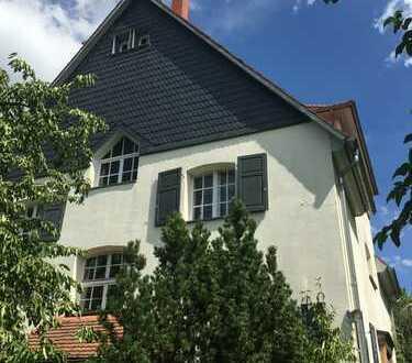 3-Zimmer-Wohnung in denkmalgeschützter Villa in Bensheim-Auerbach