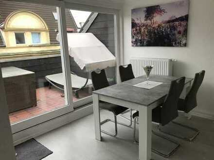 WG-Zimmer in möbilierter Wohnung mit Dachterasse