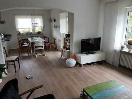Modernisierte 5-Zimmer-Wohnung mit Balkon und Einbauküche in Frankenthal (Pfalz)
