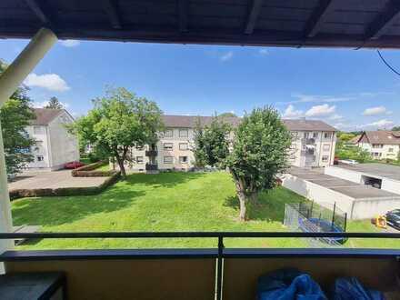 Exklusive, gepflegte 2-Zimmer-Wohnung mit Balkon, Einbauküche und Autostellplatz in Rastatt