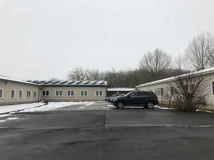 Gewerbegrundstückca. 8000 m² mit Hallenbebauung und Schulungsgebäuden in sehr guter Gewerbelage