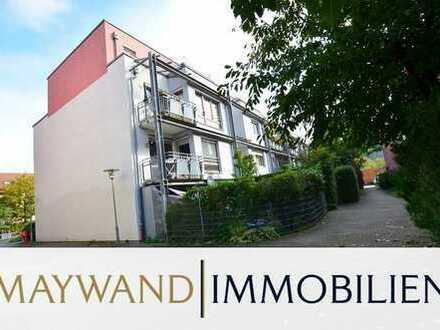 Wunderschöne 4-ZKB-Wohnung mit Balkon, EBK, einem Stellplatz vor dem Haus und einem TG Stellplatz