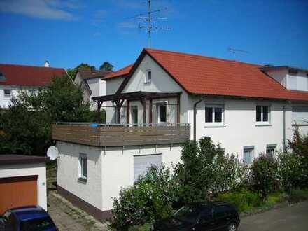 Gepflegte 2,5-Zimmer-Wohnung mit Balkon in Heiningen