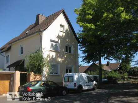 Bonn-Pützchen - Zweifamilienhaus in guter Wohnlage