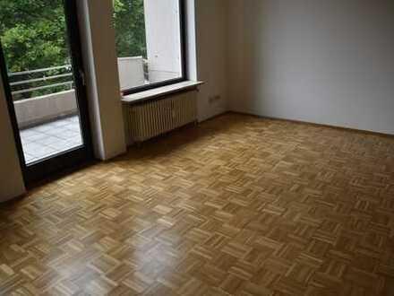 Sanierte 4-Zimmer-Maisonette-Wohnung mit Balkon in Aachen