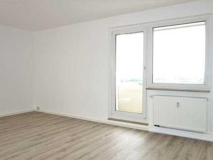 ** 1 Raum Wohnung ** ab August mit Aufzug **