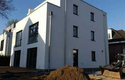 Schönes Haus mit fünf Zimmern in Hamburg, Marienthal