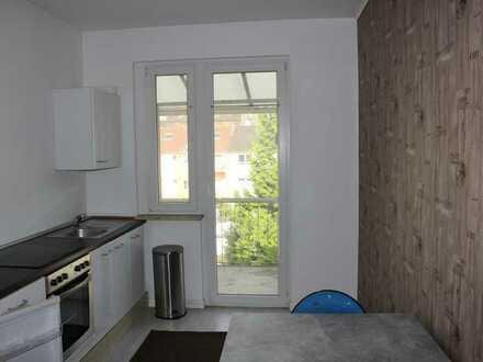 Gemütliche, gut aufgeteilte 3 1/2 -Raum-Etagenwohnung mit Balkon.