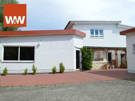 +++ Gepflegtes Wohn- und Geschäftshaus mit Nebengebäude in Ihringshausen mit vielen Nutzungsmöglichk