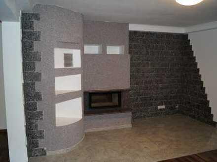 Große so wie schicke 6-Zimmer Maisonettewohnung mit modernen Grundriss, Kamin, Garage + zwei Balkone