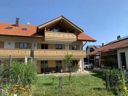 Großzügige, ruhige 2-Zimmer-Wohnung mit Bergblick
