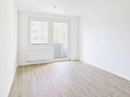Hochwertig ausgestattete 3-Raum Wohnung mit Balkon