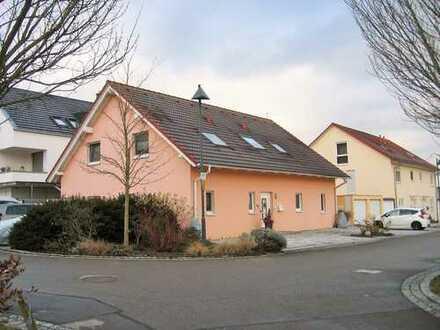 Ein/Zweifamilienhaus,neuwertig, in Esslingen (Kreis), Großbettlingen.(Haus im Haus)