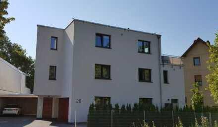 Helle, moderne, gepflegte, sehr gut ausgestattete und geschnittene 3-Zimmer Wohnung