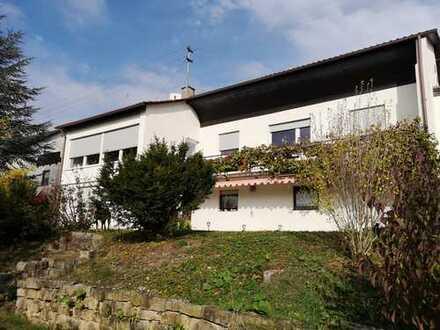 Schönes Haus mit neun Zimmern in Tübingen (Kreis), Mössingen