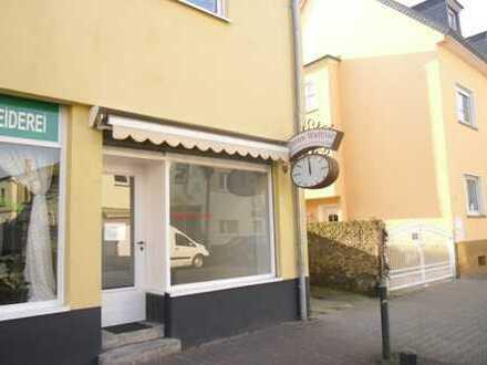 Ladenfläche für Büro oder passendes Gewerbe, 2 Zimmer ca. 30qm. zu vermieten