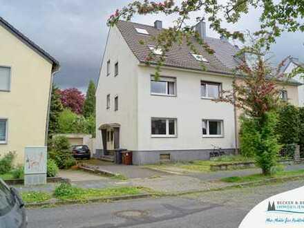 Kapitalanlage in guter Lage: 3-Parteienhaus mit Garten, Garage und Stellplatz!